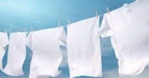 هل تغسل الملابس الجديدة؟